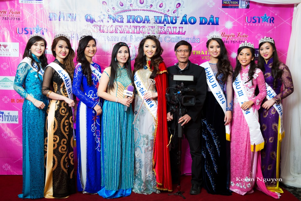 The Guests at the Coronation of Hoa Hau Ao Dai Bac Cali 2014 and Court - Image 049