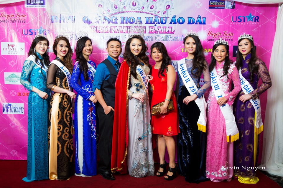 The Guests at the Coronation of Hoa Hau Ao Dai Bac Cali 2014 and Court - Image 051