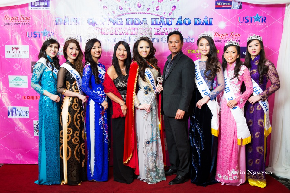 The Guests at the Coronation of Hoa Hau Ao Dai Bac Cali 2014 and Court - Image 052