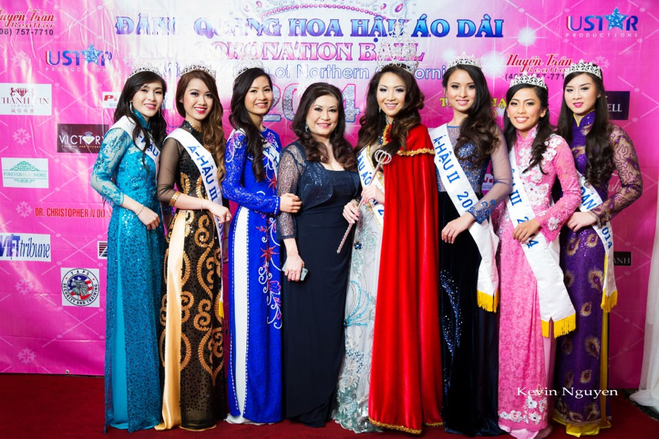 The Guests at the Coronation of Hoa Hau Ao Dai Bac Cali 2014 and Court - Image 056