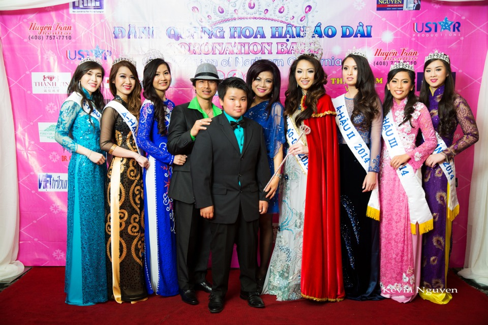 The Guests at the Coronation of Hoa Hau Ao Dai Bac Cali 2014 and Court - Image 057