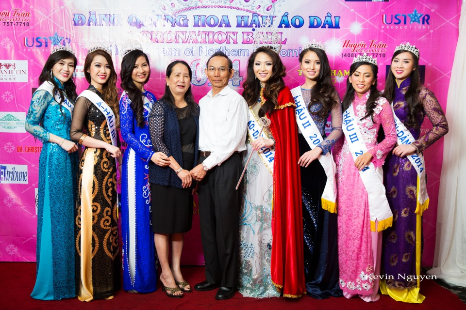 The Guests at the Coronation of Hoa Hau Ao Dai Bac Cali 2014 and Court - Image 058