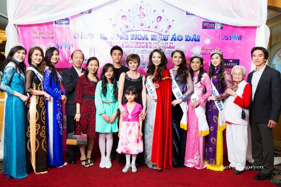 The Guests at the Coronation of Hoa Hau Ao Dai Bac Cali 2014 and Court - Image 059
