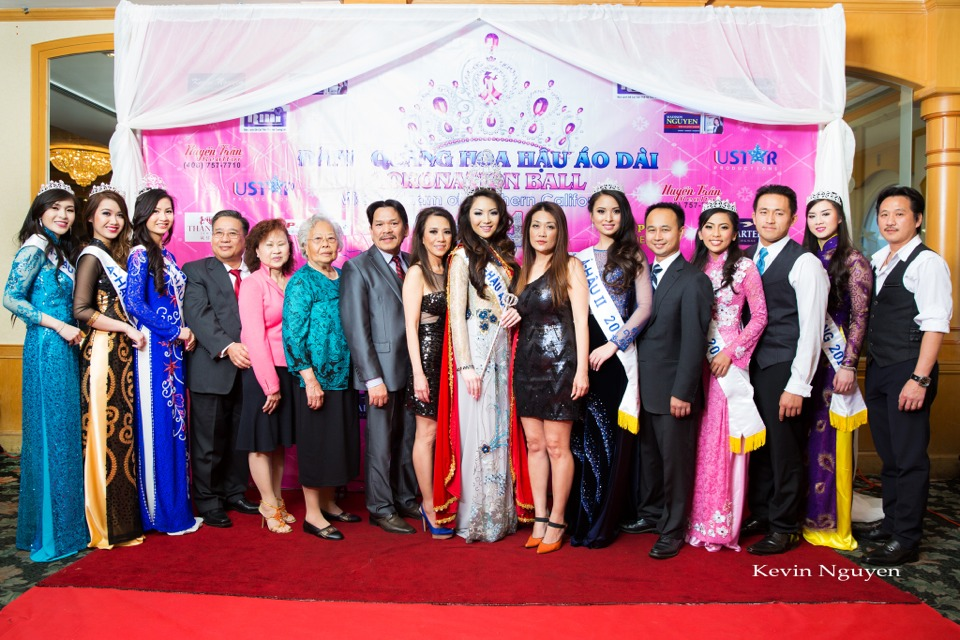 The Guests at the Coronation of Hoa Hau Ao Dai Bac Cali 2014 and Court - Image 060