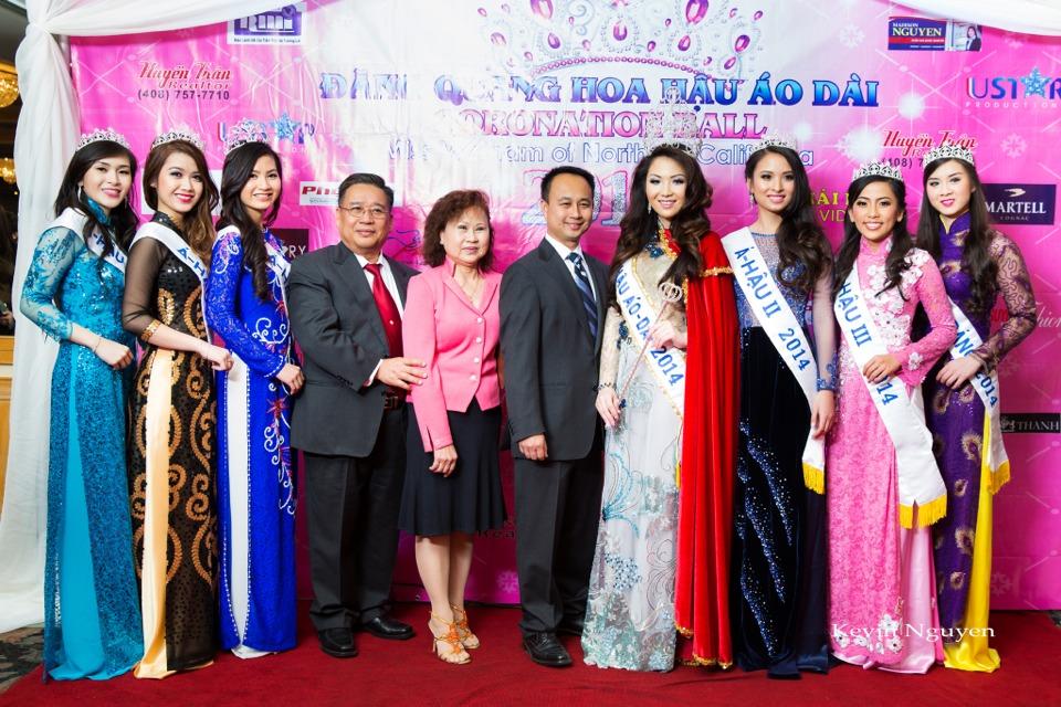 The Guests at the Coronation of Hoa Hau Ao Dai Bac Cali 2014 and Court - Image 061