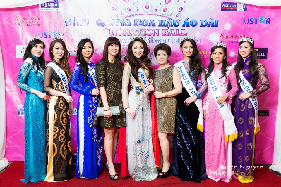 The Guests at the Coronation of Hoa Hau Ao Dai Bac Cali 2014 and Court - Image 063