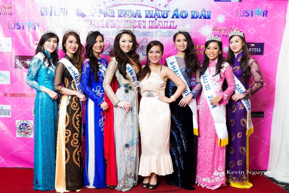 The Guests at the Coronation of Hoa Hau Ao Dai Bac Cali 2014 and Court - Image 066