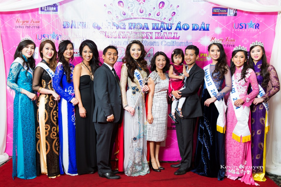 The Guests at the Coronation of Hoa Hau Ao Dai Bac Cali 2014 and Court - Image 069