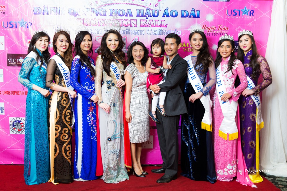 The Guests at the Coronation of Hoa Hau Ao Dai Bac Cali 2014 and Court - Image 070