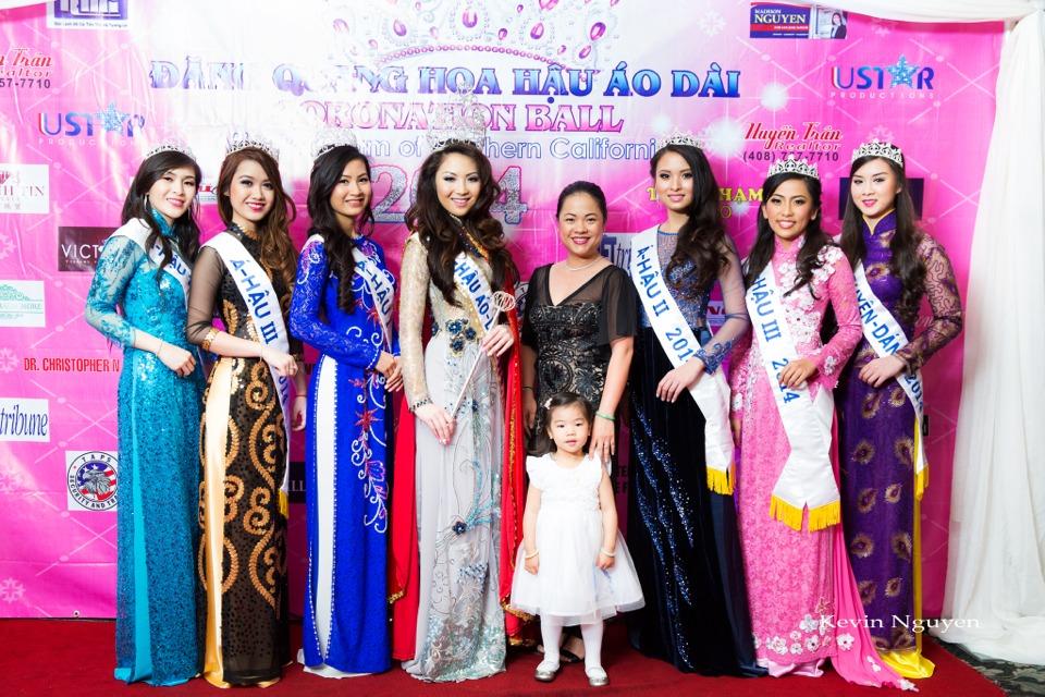 The Guests at the Coronation of Hoa Hau Ao Dai Bac Cali 2014 and Court - Image 071