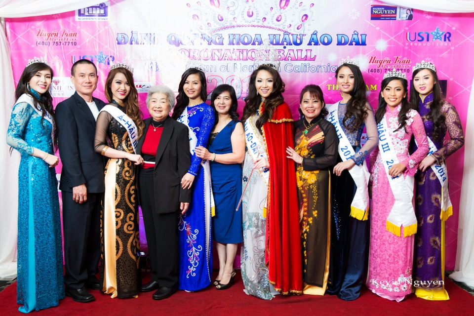 The Guests at the Coronation of Hoa Hau Ao Dai Bac Cali 2014 and Court - Image 075