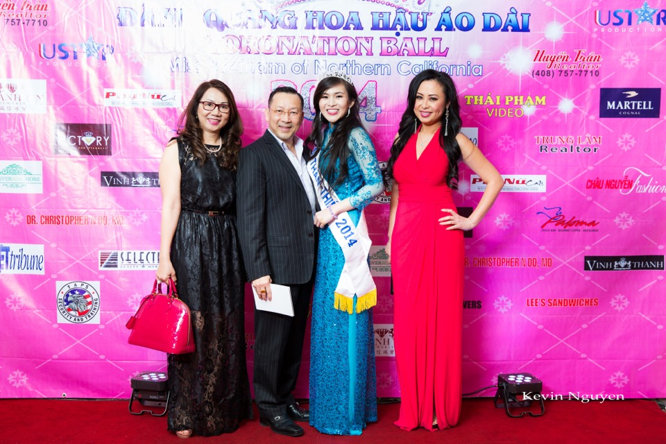 The Guests at the Coronation of Hoa Hau Ao Dai Bac Cali 2014 and Court - Image 080