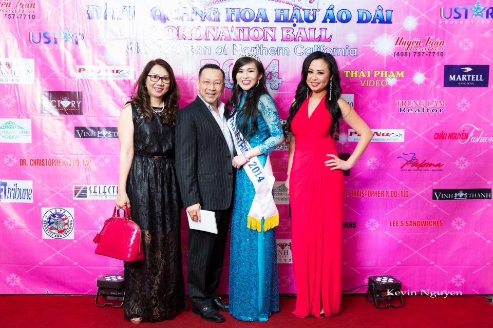 The Guests at the Coronation of Hoa Hau Ao Dai Bac Cali 2014 and Court - Image 080