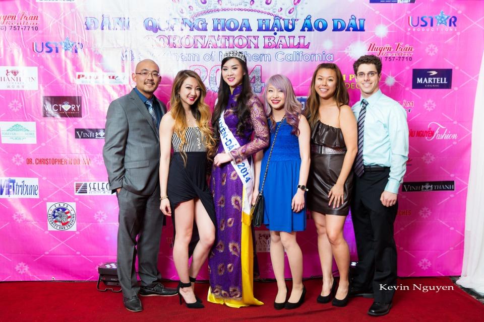 The Guests at the Coronation of Hoa Hau Ao Dai Bac Cali 2014 and Court - Image 081