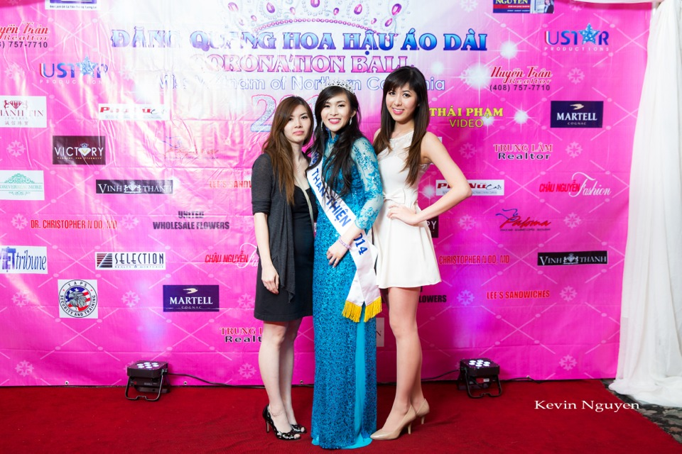 The Guests at the Coronation of Hoa Hau Ao Dai Bac Cali 2014 and Court - Image 082