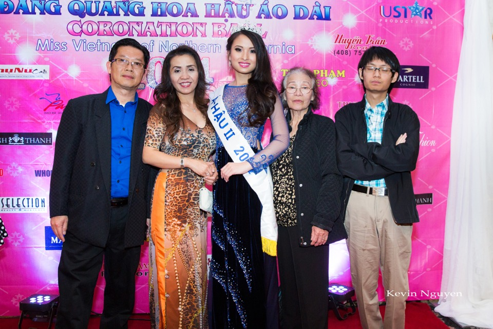 The Guests at the Coronation of Hoa Hau Ao Dai Bac Cali 2014 and Court - Image 089