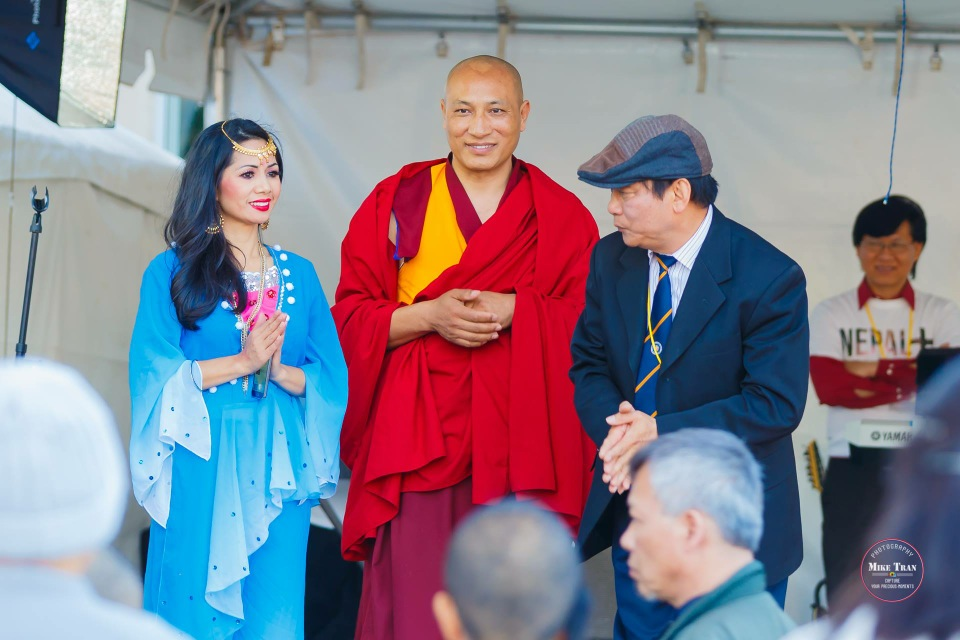 Outdoor Concert & Candlelight Vigil For Nepal Earthquake Relief 2015 - Image 043