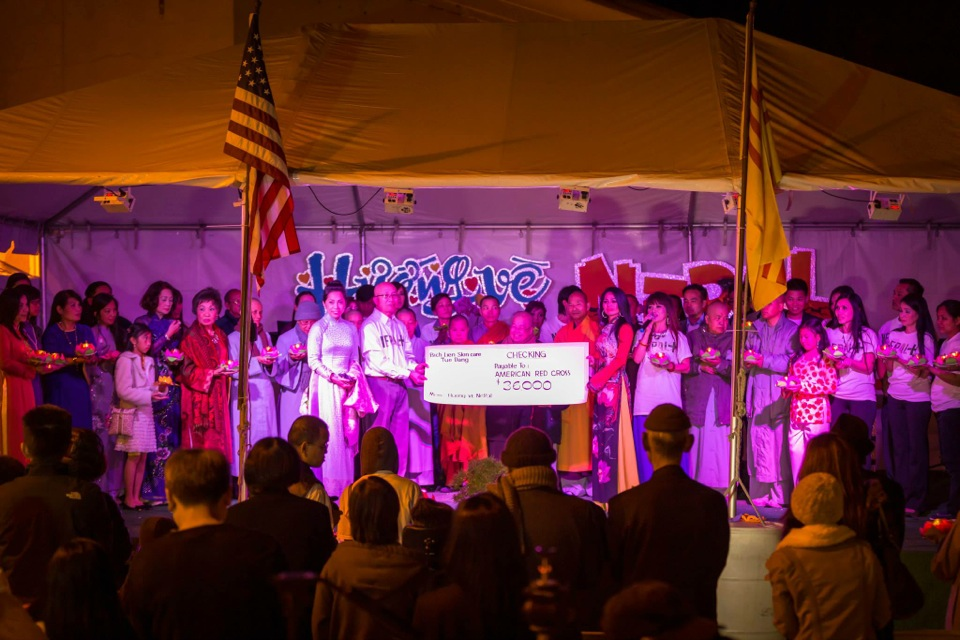 Outdoor Concert & Candlelight Vigil For Nepal Earthquake Relief 2015 - Image 057