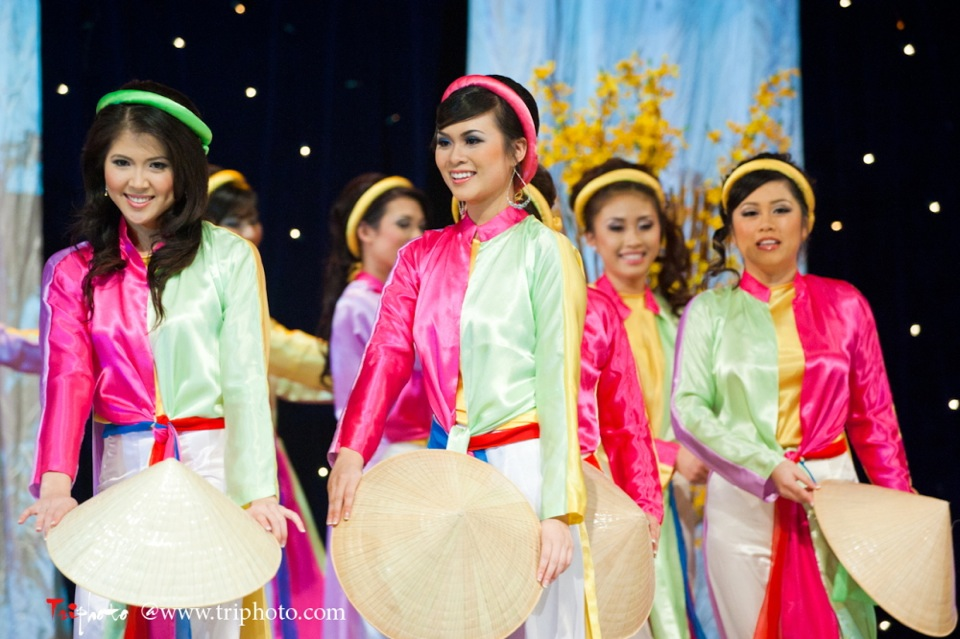 Hoa-Hau Ao-Dai Bac Cali 2011 - Miss Vietnam of Northern California - Pageant Day 2011 - Image 002