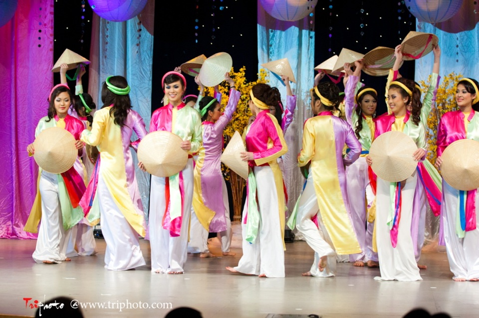 Hoa-Hau Ao-Dai Bac Cali 2011 - Miss Vietnam of Northern California - Pageant Day 2011 - Image 003