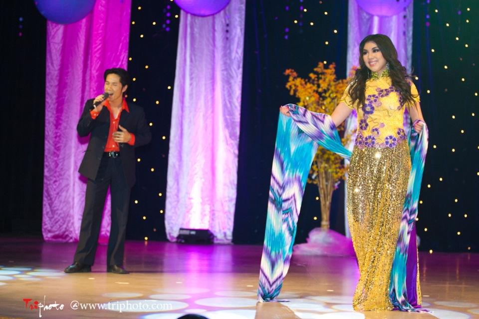 Hoa-Hau Ao-Dai Bac Cali 2011 - Miss Vietnam of Northern California - Pageant Day 2011 - Image 030