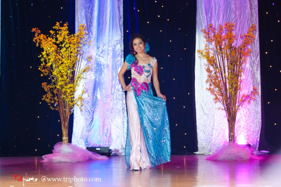 Hoa-Hau Ao-Dai Bac Cali 2011 - Miss Vietnam of Northern California - Pageant Day 2011 - Image 031