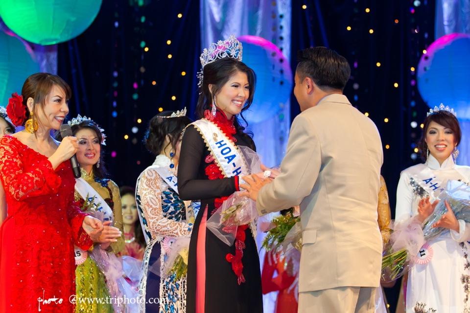 Hoa-Hau Ao-Dai Bac Cali 2011 - Miss Vietnam of Northern California - Pageant Day 2011 - Image 135