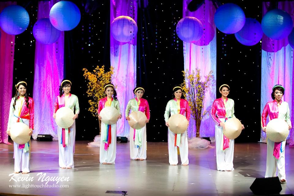 Hoa-Hau Ao-Dai Bac Cali 2011 - Pageant Day - Miss Vietnam of Northern California 2011 - Image 002