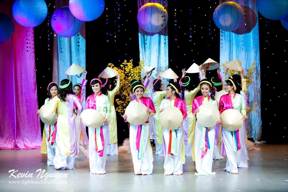 Hoa-Hau Ao-Dai Bac Cali 2011 - Pageant Day - Miss Vietnam of Northern California 2011 - Image 003
