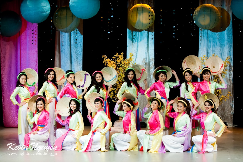 Hoa-Hau Ao-Dai Bac Cali 2011 - Pageant Day - Miss Vietnam of Northern California 2011 - Image 004
