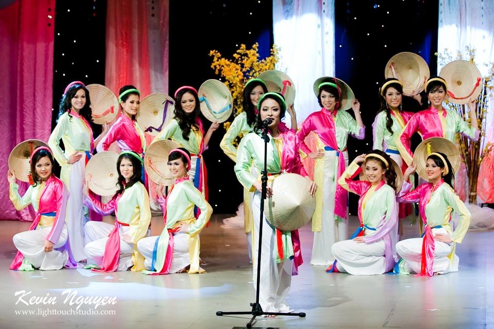 Hoa-Hau Ao-Dai Bac Cali 2011 - Pageant Day - Miss Vietnam of Northern California 2011 - Image 005