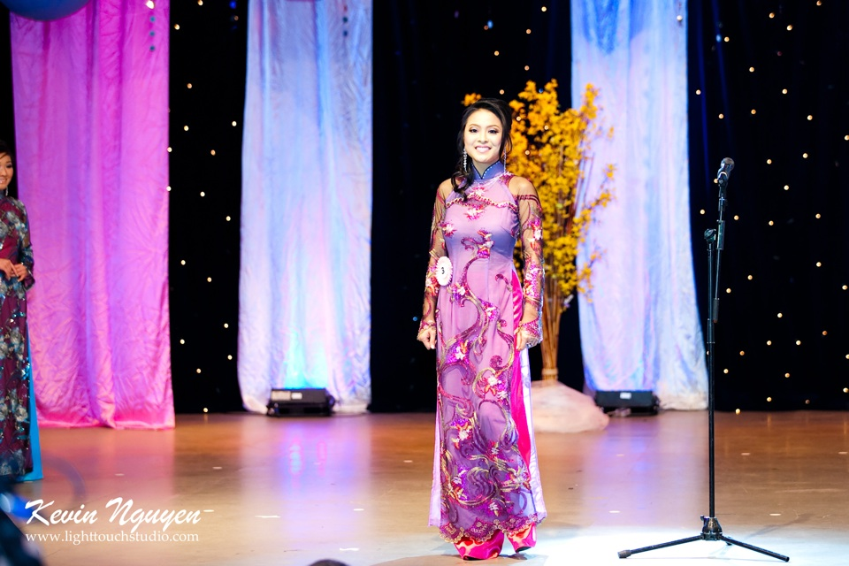 Hoa-Hau Ao-Dai Bac Cali 2011 - Pageant Day - Miss Vietnam of Northern California 2011 - Image 020