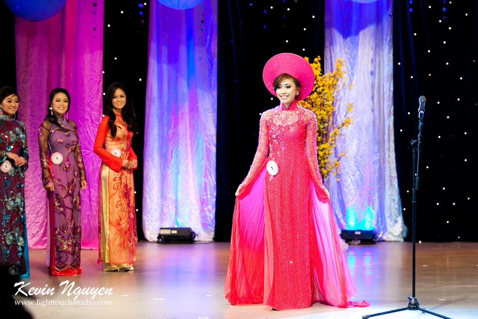 Hoa-Hau Ao-Dai Bac Cali 2011 - Pageant Day - Miss Vietnam of Northern California 2011 - Image 024