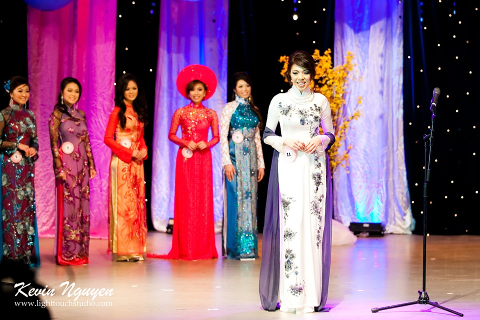 Hoa-Hau Ao-Dai Bac Cali 2011 - Pageant Day - Miss Vietnam of Northern California 2011 - Image 029