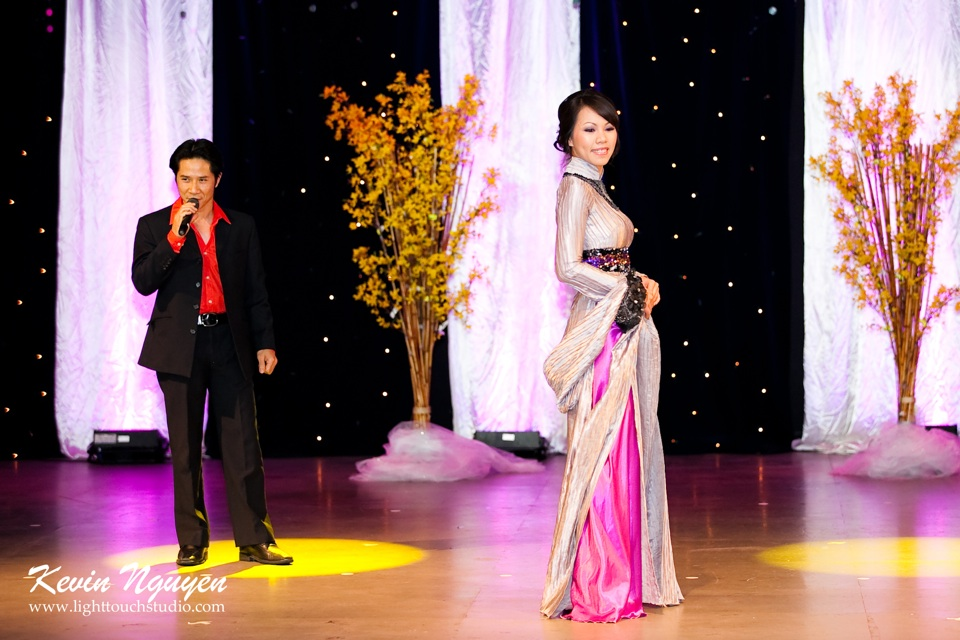 Hoa-Hau Ao-Dai Bac Cali 2011 - Pageant Day - Miss Vietnam of Northern California 2011 - Image 046