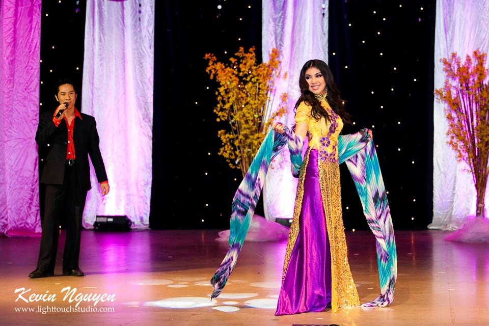 Hoa-Hau Ao-Dai Bac Cali 2011 - Pageant Day - Miss Vietnam of Northern California 2011 - Image 048