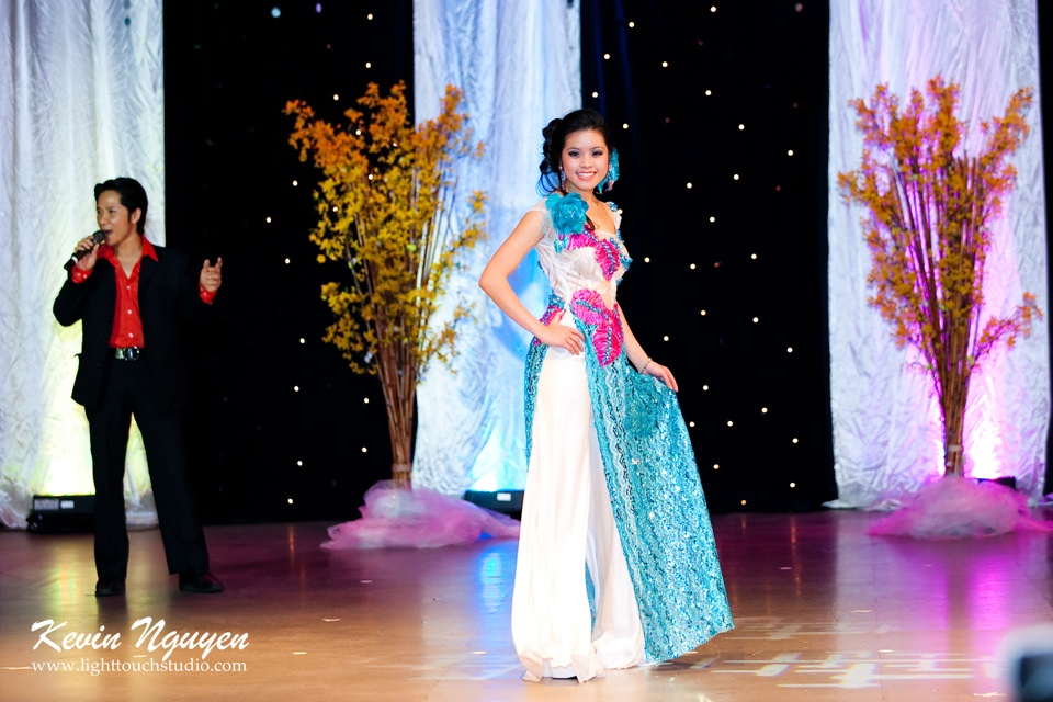 Hoa-Hau Ao-Dai Bac Cali 2011 - Pageant Day - Miss Vietnam of Northern California 2011 - Image 049