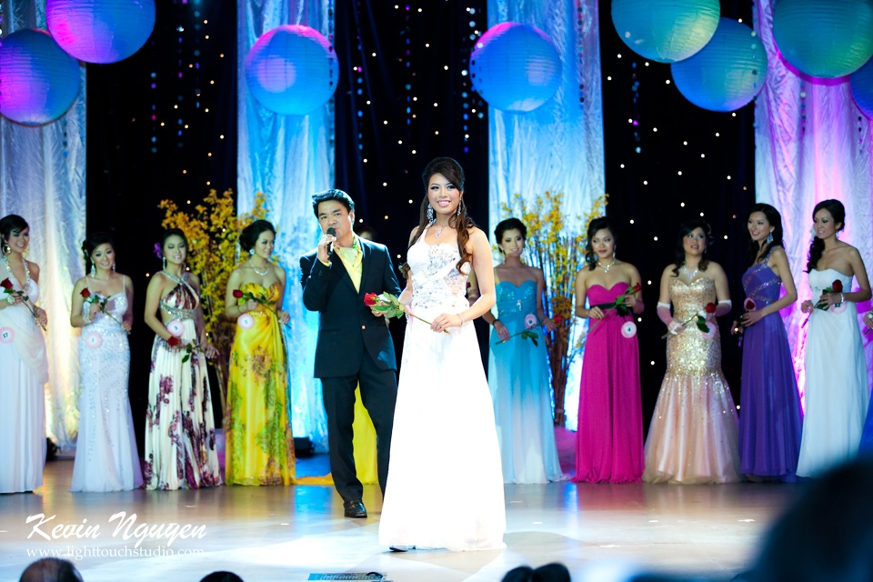 Hoa-Hau Ao-Dai Bac Cali 2011 - Pageant Day - Miss Vietnam of Northern California 2011 - Image 074