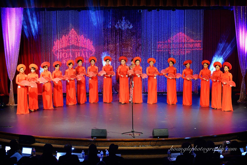 Hoa Hậu Áo Dài Bắc Cali 2015 - Pageant Day pictures by Hoang Le - Image 143