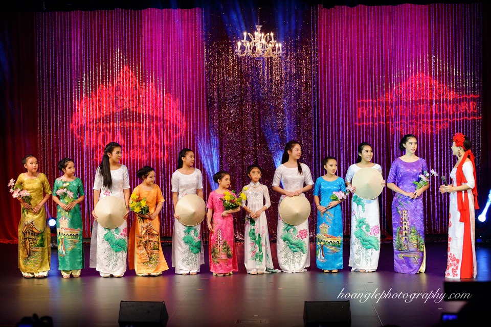 Hoa Hậu Áo Dài Bắc Cali 2015 - Pageant Day pictures by Hoang Le - Image 148
