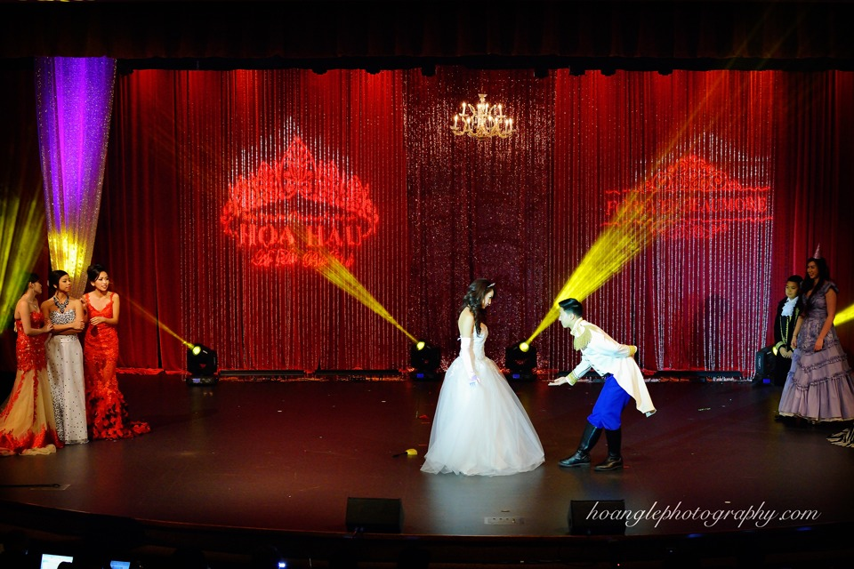 Hoa Hậu Áo Dài Bắc Cali 2015 - Pageant Day pictures by Hoang Le - Image 197
