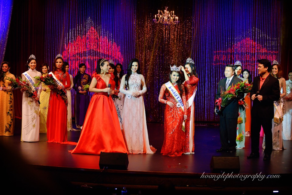 Hoa Hậu Áo Dài Bắc Cali 2015 - Pageant Day pictures by Hoang Le - Image 260