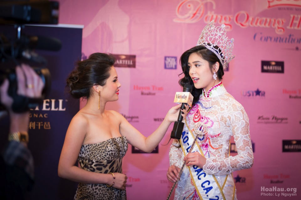 Coronation 2013 - Hoa Hau Ao Dai Bac Cali - Miss Vietnam - Image 009