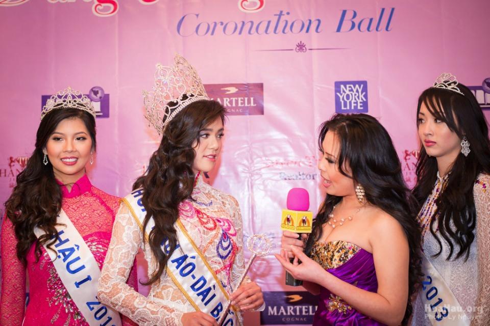 Coronation 2013 - Hoa Hau Ao Dai Bac Cali - Miss Vietnam - Image 016