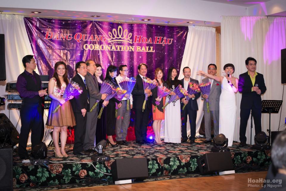 Coronation 2013 - Hoa Hau Ao Dai Bac Cali - Miss Vietnam - Image 033