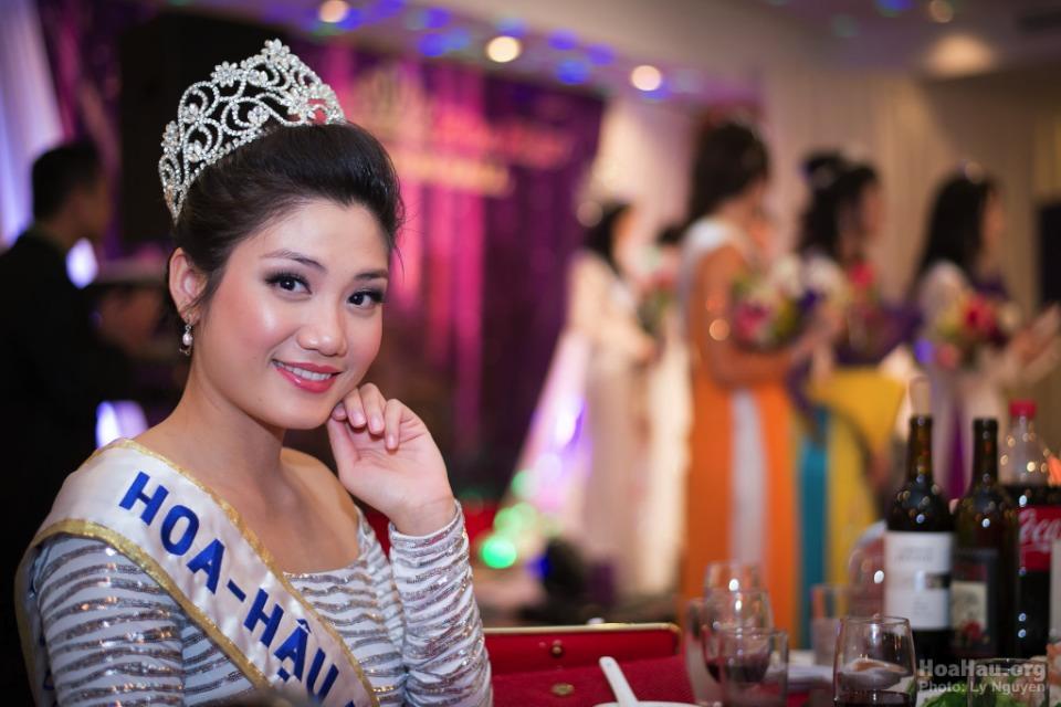 Coronation 2013 - Hoa Hau Ao Dai Bac Cali - Miss Vietnam - Image 044