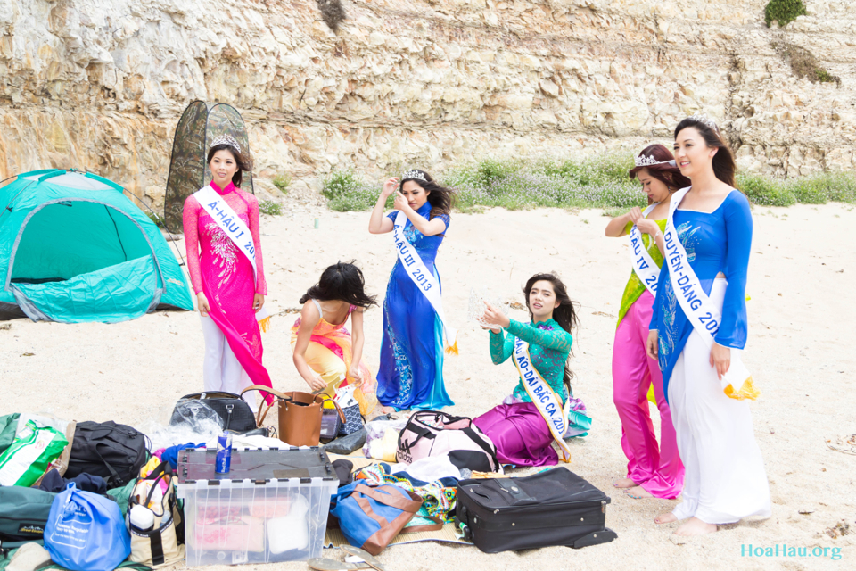 Hoa Hau Ao Dai Annual Beach Photoshoot 2013 - Santa Cruz, CA - Image 012