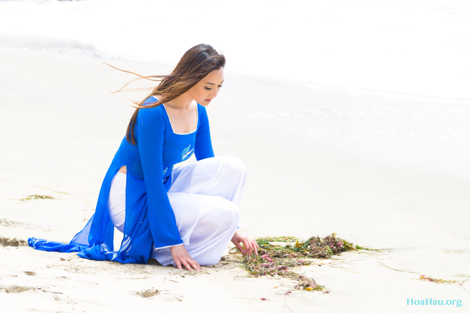 Hoa Hau Ao Dai Annual Beach Photoshoot 2013 - Santa Cruz, CA - Image 017