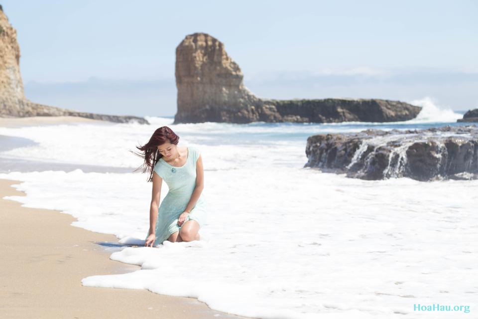 Hoa Hau Ao Dai Annual Beach Photoshoot 2013 - Santa Cruz, CA - Image 047