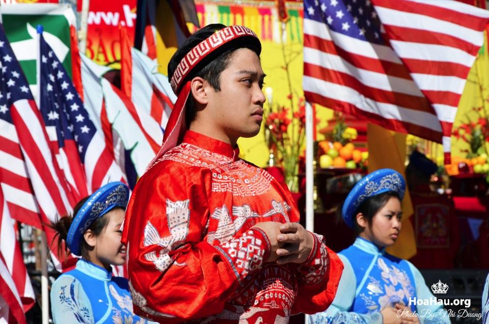 Hoa Hau Ao Dai Tet Lunar New Year 2013 - Image 008